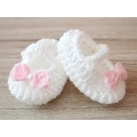 Crochet newborn girl booties, Baby booties, Crochet booties girl