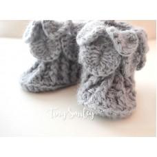 Newborn crochet baby boots, Crocodile stitch gray baby boots, Tinysmiley