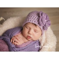 Lilac crochet baby hat with flower, Newborn girl outfit, Baby purple beanie