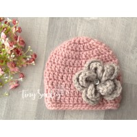 Mauve wool baby girl hat,  Hat beige flower, Hospital girl outfit