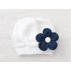 Cable girls knit baby hat, White knit baby girl hat, Knit outfit for girl